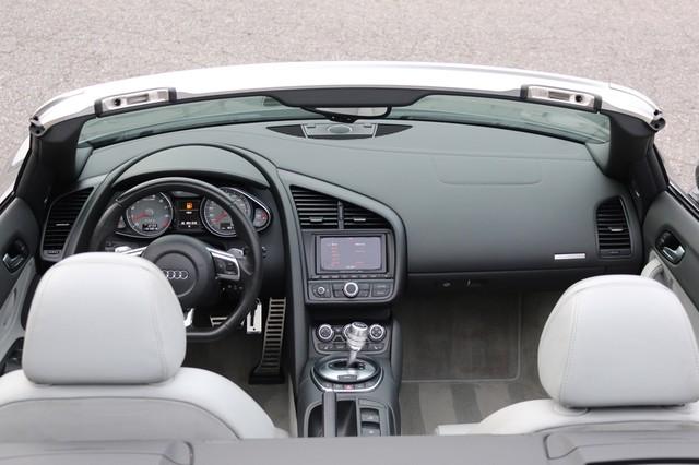 2011 Audi R8 Roadster 4.2L Mooresville, North Carolina 18