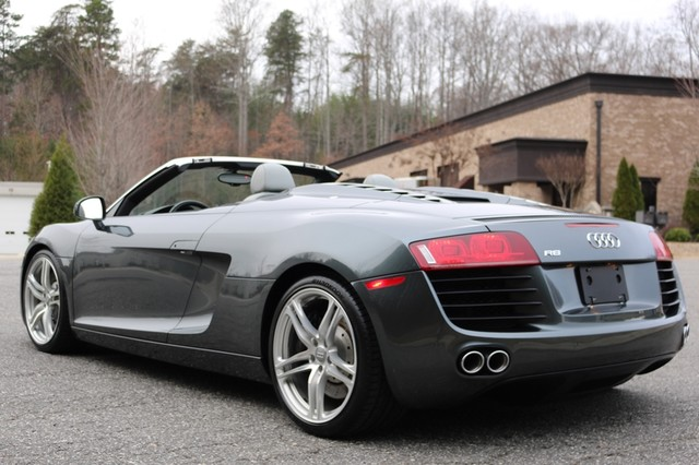 2011 Audi R8 Roadster 4.2L Mooresville, North Carolina 7