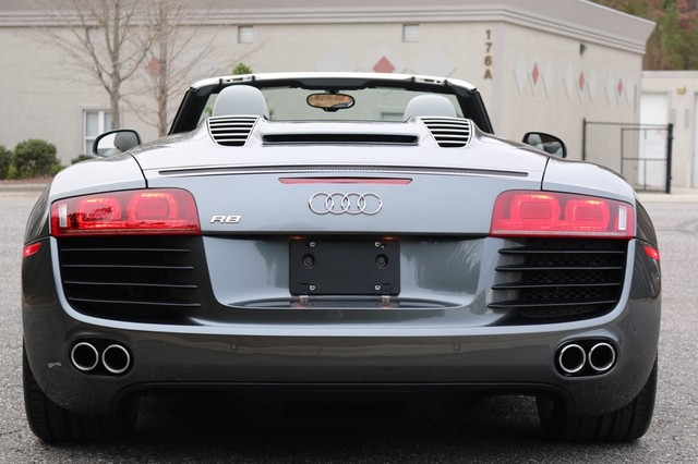 2011 Audi R8 Roadster 4.2L Mooresville, North Carolina 9