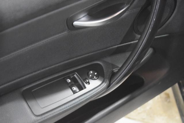 2011 BMW 128i 2dr Cpe 128i SULEV Richmond Hill, New York 8