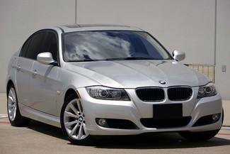 2011 BMW 3-Series 328i Sedan * KEYLESS * Xenons * HTD SEATS *Sunroof Plano, Texas