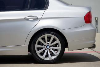 2011 BMW 3-Series 328i Sedan * KEYLESS * Xenons * HTD SEATS *Sunroof Plano, Texas 29