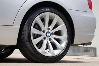2011 BMW 3-Series 328i Sedan * KEYLESS * Xenons * HTD SEATS *Sunroof Plano, Texas 35