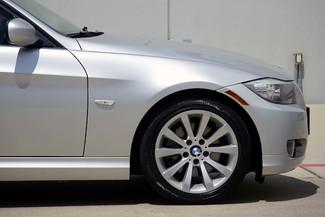 2011 BMW 3-Series 328i Sedan * KEYLESS * Xenons * HTD SEATS *Sunroof Plano, Texas 27