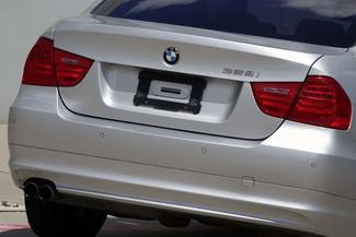 2011 BMW 3-Series 328i Sedan * KEYLESS * Xenons * HTD SEATS *Sunroof Plano, Texas 24