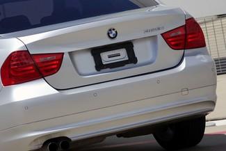 2011 BMW 3-Series 328i Sedan * KEYLESS * Xenons * HTD SEATS *Sunroof Plano, Texas 25
