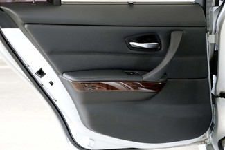 2011 BMW 3-Series 328i Sedan * KEYLESS * Xenons * HTD SEATS *Sunroof Plano, Texas 38