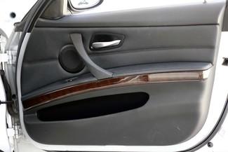 2011 BMW 3-Series 328i Sedan * KEYLESS * Xenons * HTD SEATS *Sunroof Plano, Texas 37