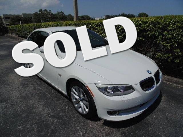 2011 BMW 328i 328i Convertible This 2011 BMW 328CIC Convertible is a non-smoker Florida car and is