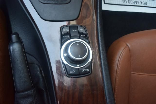 2011 BMW 328i 4dr Sdn 328i RWD South Africa Richmond Hill, New York 16