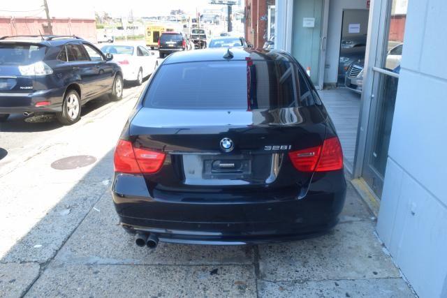 2011 BMW 328i 4dr Sdn 328i RWD South Africa Richmond Hill, New York 3