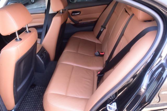 2011 BMW 328i 4dr Sdn 328i RWD South Africa Richmond Hill, New York 7