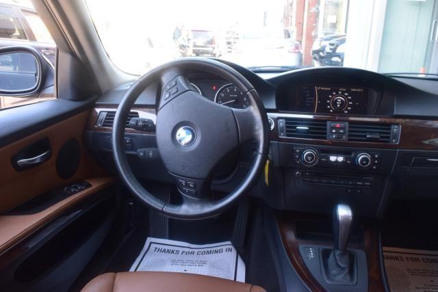 2011 BMW 328i 4dr Sdn 328i RWD South Africa Richmond Hill, New York 8