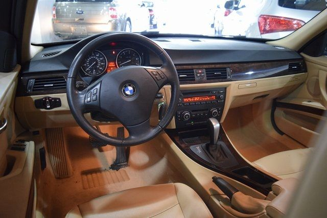 2011 BMW 328i 328i Richmond Hill, New York 10
