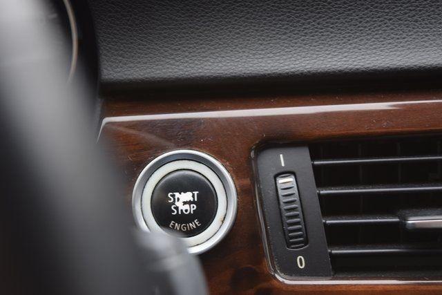 2011 BMW 328i 328i Richmond Hill, New York 30