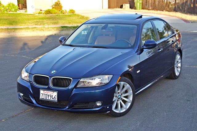2011 BMW 328i SEDAN PREMIUM PKG ONLY 78K MLS AUTO SERVICE RECORDS Woodland Hills, CA 11