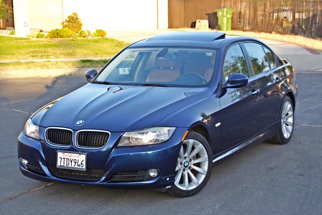 2011 BMW 328i SEDAN PREMIUM PKG ONLY 78K MLS AUTO SERVICE RECORDS Woodland Hills, CA 0