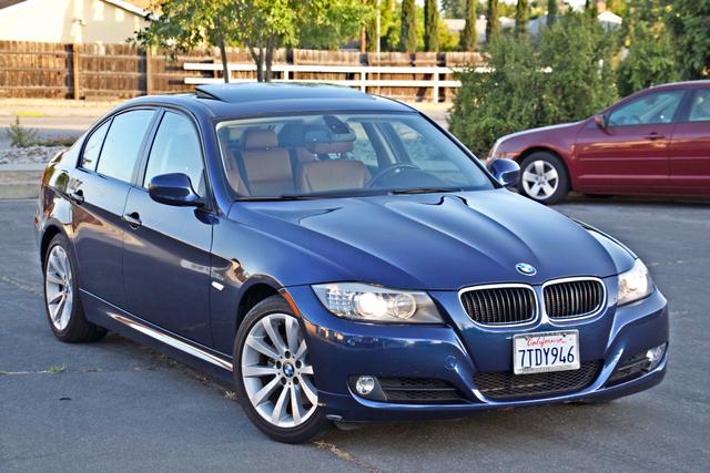 2011 BMW 328i SEDAN PREMIUM PKG ONLY 78K MLS AUTO SERVICE RECORDS Woodland Hills, CA 33