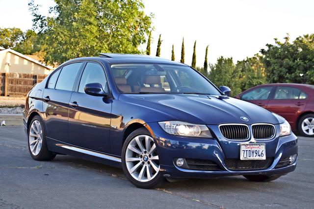 2011 BMW 328i SEDAN PREMIUM PKG ONLY 78K MLS AUTO SERVICE RECORDS Woodland Hills, CA 7