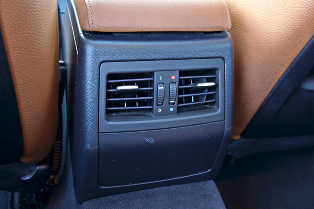 2011 BMW 328i SEDAN PREMIUM PKG ONLY 78K MLS AUTO SERVICE RECORDS Woodland Hills, CA 30