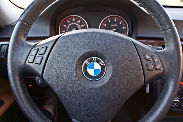 2011 BMW 328i SEDAN PREMIUM PKG ONLY 78K MLS AUTO SERVICE RECORDS Woodland Hills, CA 15