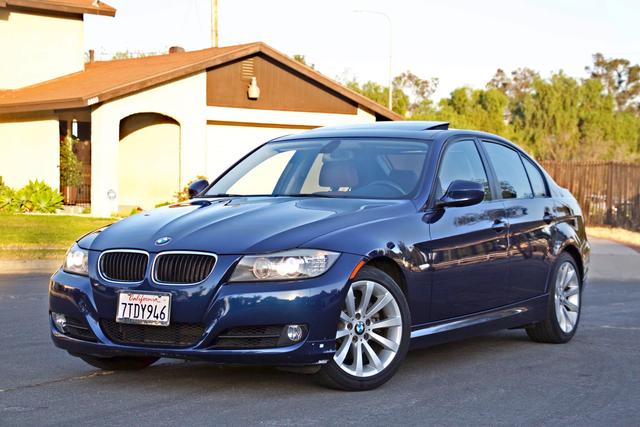 2011 BMW 328i SEDAN PREMIUM PKG ONLY 78K MLS AUTO SERVICE RECORDS Woodland Hills, CA 1