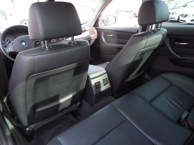 2011 BMW 328i xDrive Leesburg, Virginia 10