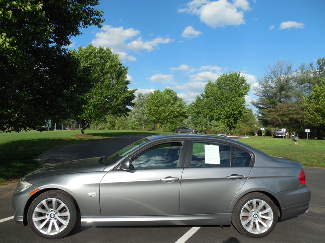 2011 BMW 328i xDrive Leesburg, Virginia 3