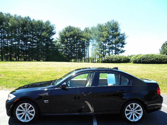 2011 BMW 328i xDrive SULEV Leesburg, Virginia 4