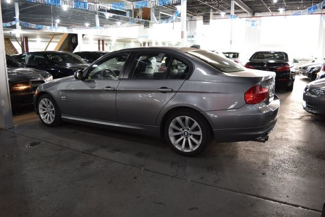 2011 BMW 328i xDrive 4dr Sdn 328i xDrive AWD Richmond Hill, New York 6