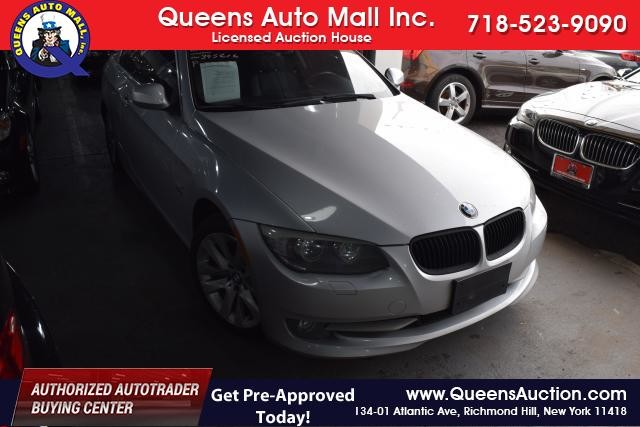 2011 BMW 328i xDrive 2dr Cpe 328i xDrive AWD SULEV Richmond Hill, New York 1