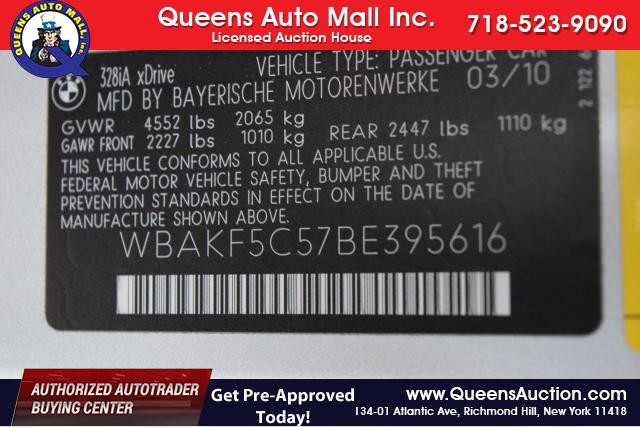 2011 BMW 328i xDrive 2dr Cpe 328i xDrive AWD SULEV Richmond Hill, New York 16