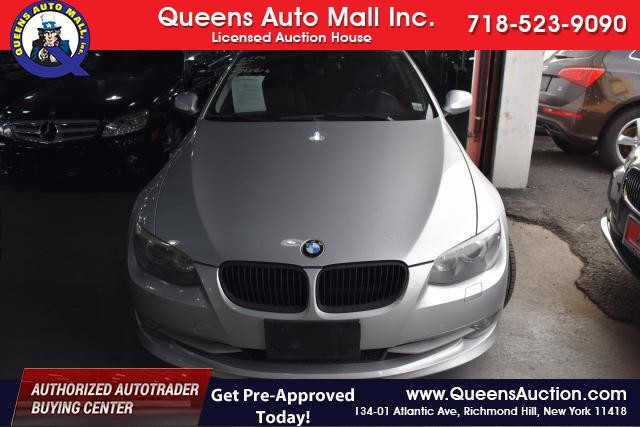 2011 BMW 328i xDrive 2dr Cpe 328i xDrive AWD SULEV Richmond Hill, New York 2