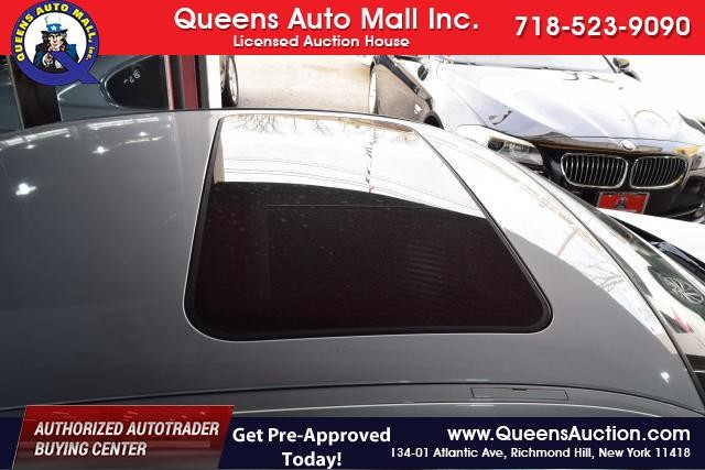 2011 BMW 328i xDrive 2dr Cpe 328i xDrive AWD SULEV Richmond Hill, New York 4