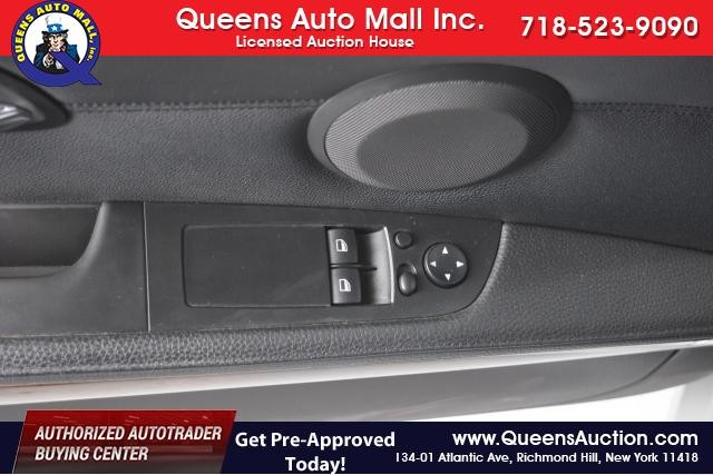 2011 BMW 328i xDrive 2dr Cpe 328i xDrive AWD SULEV Richmond Hill, New York 6