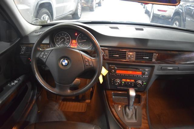 2011 BMW 328i xDrive 4dr Sdn 328i xDrive AWD SULEV Richmond Hill, New York 6