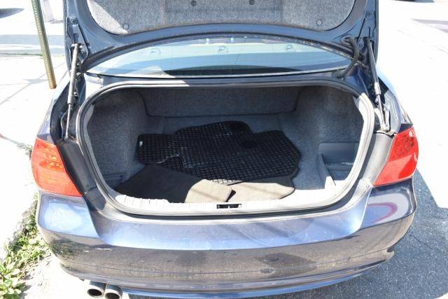 2011 BMW 328i xDrive 4dr Sdn 328i xDrive AWD SULEV Richmond Hill, New York 4