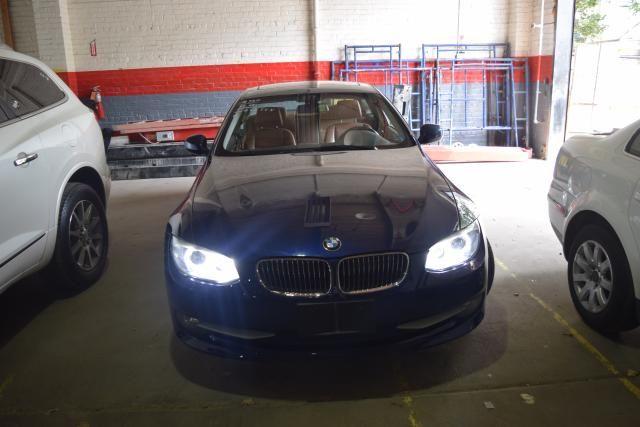 2011 BMW 328i xDrive 2dr Cpe 328i xDrive AWD SULEV Richmond Hill, New York 2