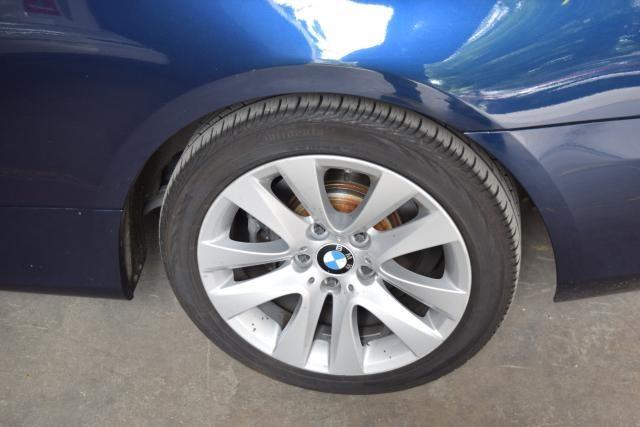 2011 BMW 328i xDrive 2dr Cpe 328i xDrive AWD SULEV Richmond Hill, New York 4