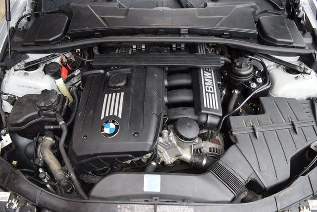 2011 BMW 328i xDrive 328i xDrive Richmond Hill, New York 4
