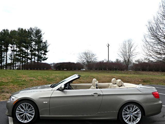 2011 BMW 335i w/ Navigation Leesburg, Virginia 4