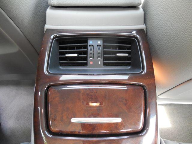2011 BMW 335i xDrive 6-Speed Manual SPORT/PREMIUM/NAVIGATION Leesburg, Virginia 12