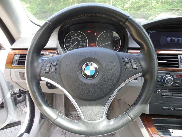 2011 BMW 335i xDrive 6-Speed Manual SPORT/PREMIUM/NAVIGATION Leesburg, Virginia 16