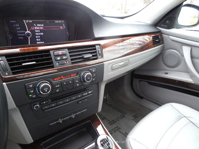2011 BMW 335i xDrive 6-Speed Manual SPORT/PREMIUM/NAVIGATION Leesburg, Virginia 21