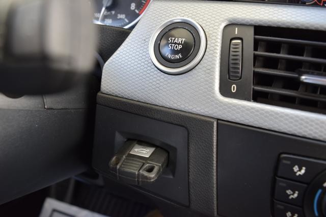 2011 BMW 335i xDrive 4dr Sdn 335i xDrive AWD Richmond Hill, New York 17