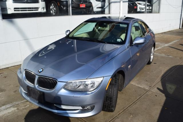 2011 BMW 335i xDrive 2dr Cpe 335i xDrive AWD Richmond Hill, New York 0