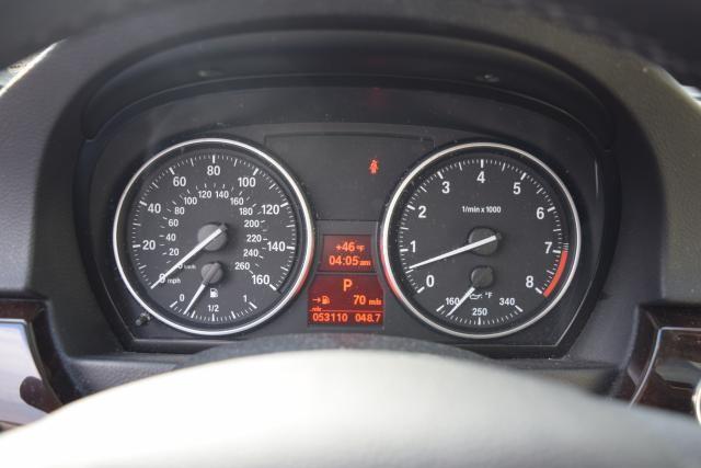 2011 BMW 335i xDrive 2dr Cpe 335i xDrive AWD Richmond Hill, New York 10