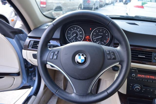 2011 BMW 335i xDrive 2dr Cpe 335i xDrive AWD Richmond Hill, New York 14