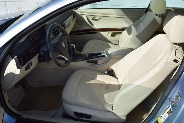 2011 BMW 335i xDrive 2dr Cpe 335i xDrive AWD Richmond Hill, New York 8