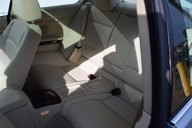 2011 BMW 335i xDrive 2dr Cpe 335i xDrive AWD Richmond Hill, New York 9